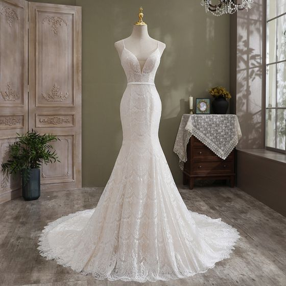 Sexy Modest / Simple Ivory Trumpet / Mermaid Wedding Dresses 2021 Spaghetti Straps Sleeveless Backless Lace Flower Cathedral Train Wedding