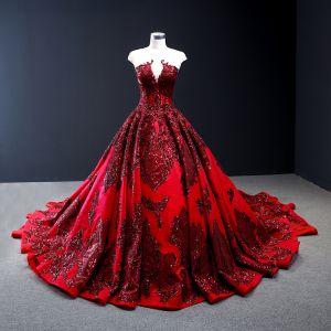 Wysokiej Klasy Czerwone Czerwony dywan Przezroczyste Sukienki Wieczorowe 2020 Princessa Wycięciem Bez Rękawów Aplikacje Z Koronki Cekiny Trenem Katedra Wzburzyć Bez Pleców Sukienki Wizytowe