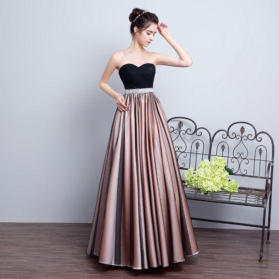 Proste / Simple Czarne Sukienki Na Bal 2018 Princessa Kochanie Bez Rękawów Rhinestone Szarfa Długie Wzburzyć Bez Pleców Sukienki Wizytowe