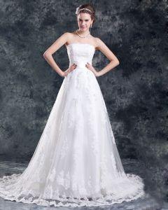 Tüll Spitze Applique Perlen Blume Gericht Zug Trägerlosen Abendkleid Frauen A linie Brautkleider
