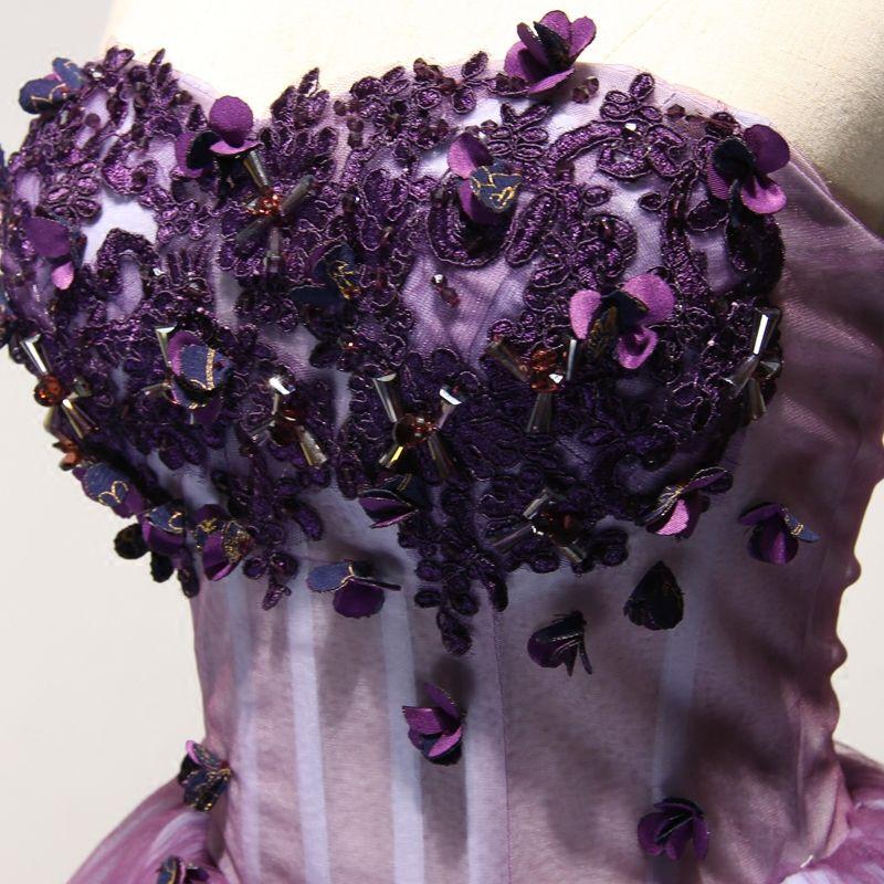 Chic / Belle Grape Robe De Cocktail 2017 Robe Boule Bustier Sans Manches Appliques Fleur Perlage Cristal Courte Volants Dos Nu Robe De Ceremonie