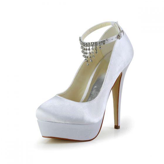 b6f75a0235228 Eleganckie Białe Buty Ślubne Satynowe Szpilki Buty Na Platformie Z  Kryształu Górskiego