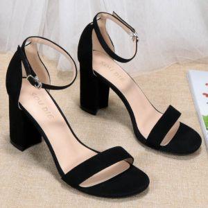 Sexy Noire Vêtement de rue Daim Sandales Femme 2020 Bride Cheville 8 cm Talons Épais À Bout Pointu Sandales
