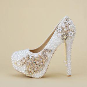 Charming White Beading Wedding Shoes 2019 Pearl Rhinestone 14 cm Stiletto Heels Round Toe Wedding Pumps