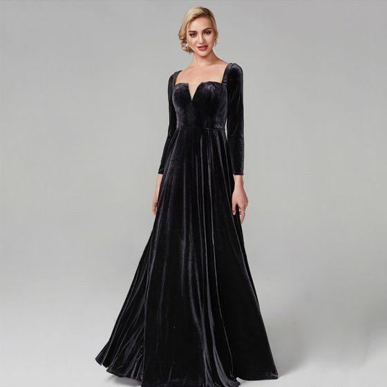 Simple Noire Robe De Soirée 2020 Princesse Longue Manches Longues V-Cou Velour Couleur Unie Cocktail Soirée Robe De Ceremonie
