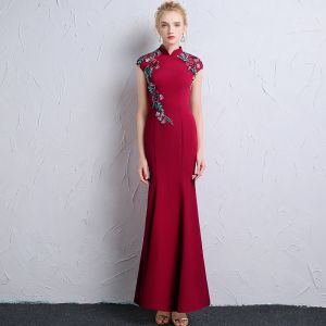 Chinese style Burgundy Evening Dresses  2018 Trumpet / Mermaid High Neck Cap Sleeves Embroidered Ankle Length Formal Dresses