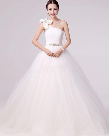 Frisk Applikasjon Beading Ene Skulderen Satin En Linje Brudekjoler Bryllupskjoler