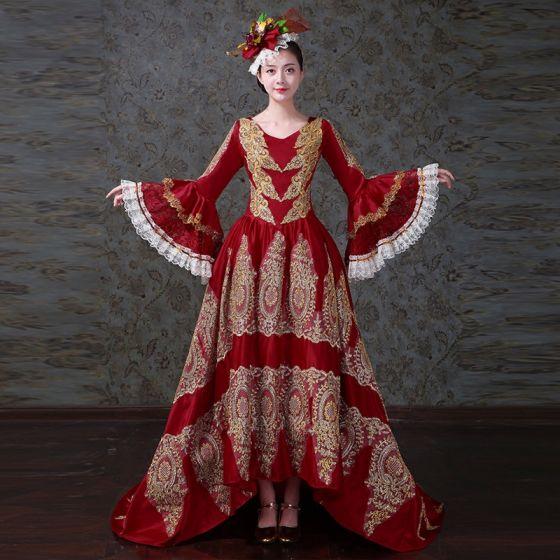 Vintage Średniowieczny Czerwone Suknia Balowa Sukienki Na Bal 2021 V-Szyja Zamek Błyskawiczny Się Długie Rękawy Koronki 3D Frezowanie Haftowane Rhinestone Cekiny Koronkowe Satyna Wysoka Niska  Trenem Sweep Bal Sukienki Wizytowe