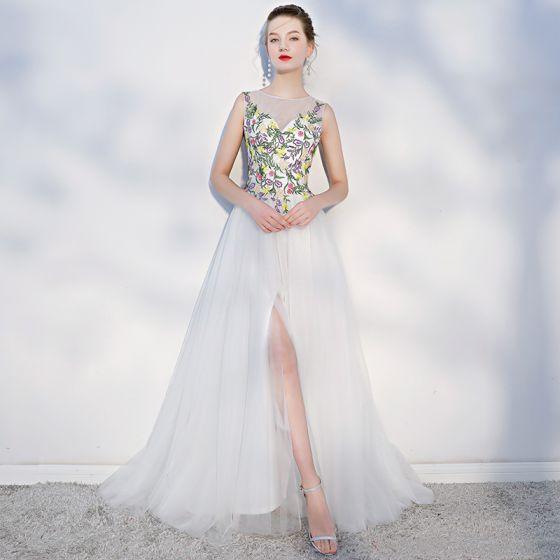 Elegant Multi-Colors Beach Wedding Dresses 2018 A-Line / Princess Appliques Scoop Neck Backless Sleeveless Split Front Sweep Train Wedding