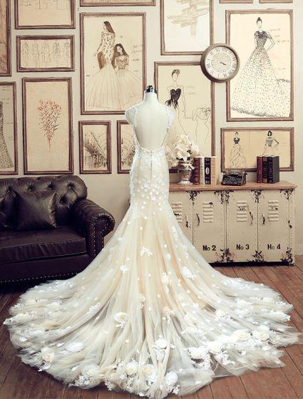 Gorgeous Mermaid Spaghetti Straps Handmade Flowers Backless Champagne Lace Wedding Dresses