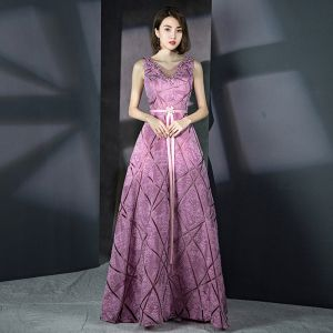 Amazing / Unique Lilac Striped Evening Dresses  2018 A-Line / Princess V-Neck Sleeveless Rhinestone Sash Floor-Length / Long Ruffle Backless Formal Dresses
