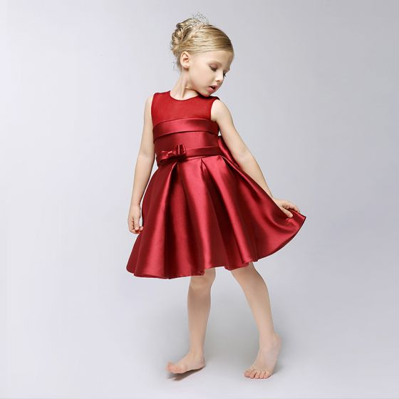 Sencillos Lglesia Vestidos Para Bodas 2017 Vestidos Para Niñas Borgoña Cortos A Line Princess Volantes En Cascada Scoop Escote Sin Mangas Bowknot