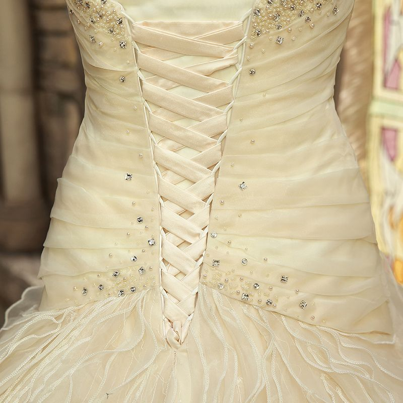 Luxury / Gorgeous A-Line / Princess Wedding 2017 Champagne Crossed Straps Beading Corset Crystal Rhinestone Strappy Chapel Train Chiffon Organza Sweetheart Sleeveless Wedding Dresses