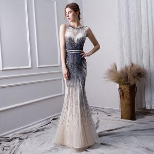 Luxus / Herrlich Farbverlauf Handgefertigt Perlenstickerei Abendkleider 2019 Meerjungfrau Rundhalsausschnitt Kristall Ärmellos Lange Festliche Kleider