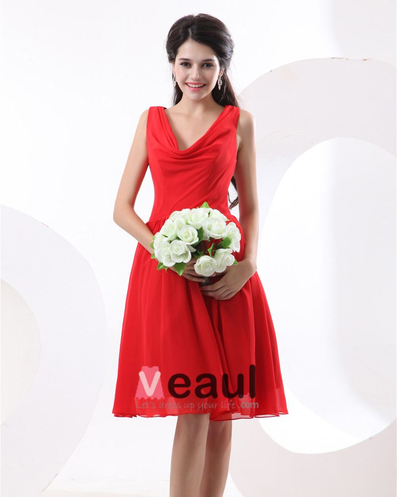 Chiffon Pleat Knee Length Bridesmaid Dresses