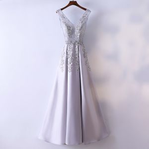 Chic / Beautiful Silver Evening Dresses  2017 A-Line / Princess Lace Flower V-Neck Backless Sleeveless Ankle Length Evening Party