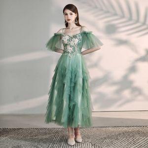Chic / Beautiful Green Homecoming Graduation Dresses 2019 A-Line / Princess Spaghetti Straps Short Sleeve Appliques Lace Beading Tea-length Cascading Ruffles Backless Formal Dresses