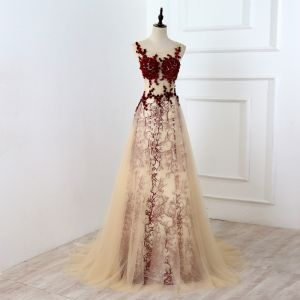 Chic / Beautiful Burgundy Evening Dresses  2017 A-Line / Princess U-Neck Lace Appliques Backless Pierced Rhinestone Handmade  Evening Party Prom Dresses
