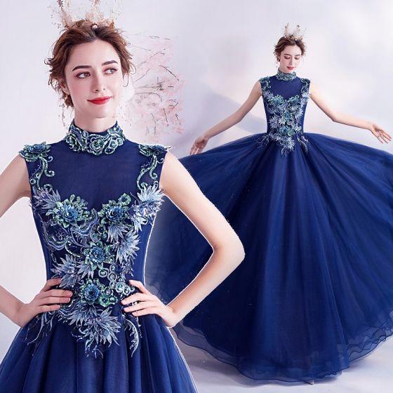 Vintage / Originale Bleu Roi Robe De Bal 2020 Princesse Col Haut Paillettes Faux Diamant En Dentelle Fleur Sans Manches Dos Nu Longue Robe De Ceremonie