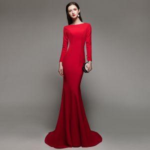 Chic Couleur Unie Rouge Robe De Soirée 2020 Trompette / Sirène Encolure Carrée Manches Longues Dos Nu Train De Balayage Robe De Ceremonie