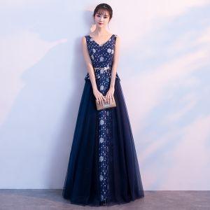 Piękne Granatowe Sukienki Na Bal 2017 Princessa V-Szyja Bez Rękawów Druk Kwiat Metal Szarfa Długie Bez Pleców Sukienki Wizytowe