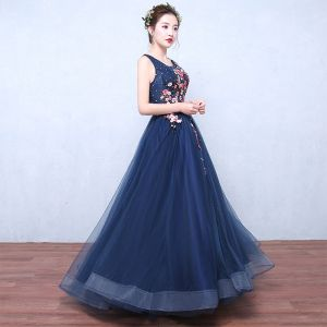 Flower Fairy Navy Blue Evening Dresses  2019 A-Line / Princess Scoop Neck Sleeveless Appliques Lace Sequins Floor-Length / Long Ruffle Backless Formal Dresses