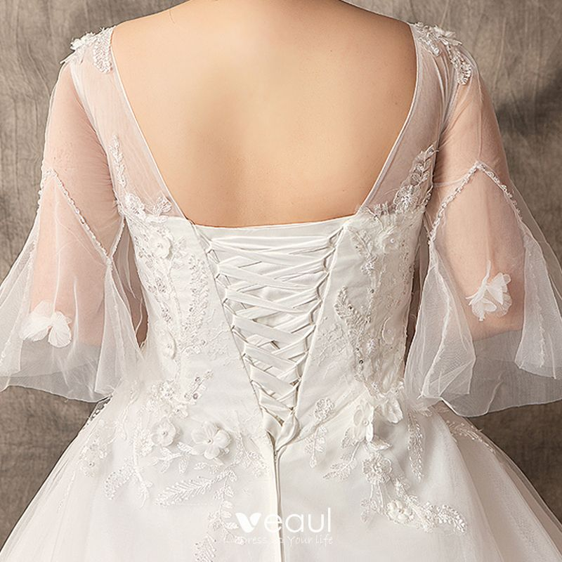 Chic / Beautiful White Plus Size Ball Gown Wedding Dresses 2019 V-Neck Lace Tulle Handmade  Chapel Train Wedding