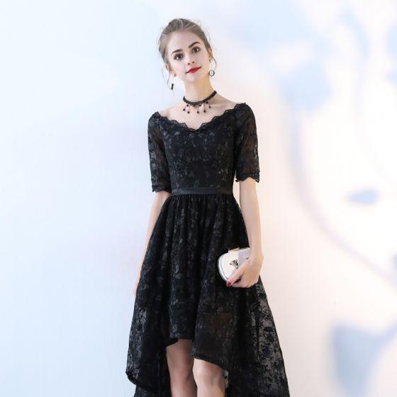 Piękne Czarne Sukienki Koktajlowe 2017 Princessa Koronkowe V-Szyja Bez Pleców Kótkie Rękawy Asymetryczny Sukienki Wizytowe
