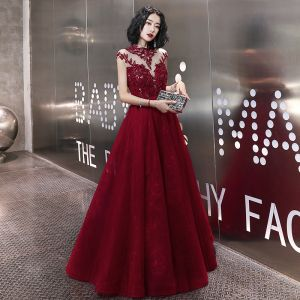 Elegant Burgundy Evening Dresses  2020 A-Line / Princess Beading Rhinestone Sequins Lace Flower High Neck Sleeveless Backless Floor-Length / Long Formal Dresses