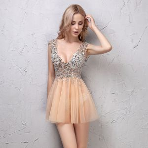 Sexy Champagne Cocktail Dresses 2019 A-Line / Princess Crystal Sequins V-Neck Backless Sleeveless Short Formal Dresses
