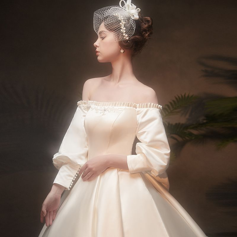 Vintage / Retro Ivory Satin Winter Wedding Dresses 2019 Princess Scoop Neck Puffy 3/4 Sleeve Backless Bow Chapel Train Ruffle