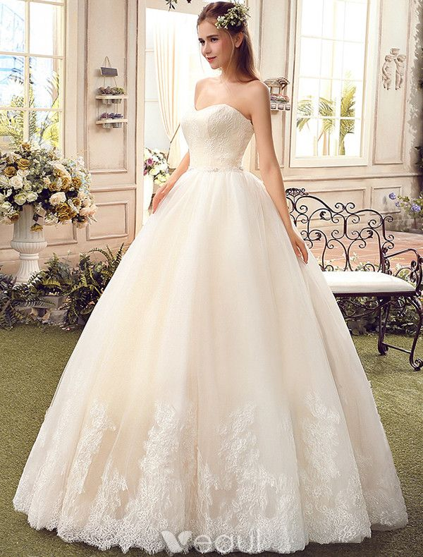 Simple Champagne Wedding Dresses 2017 Sweetheart Applique Lace Ball Gowns
