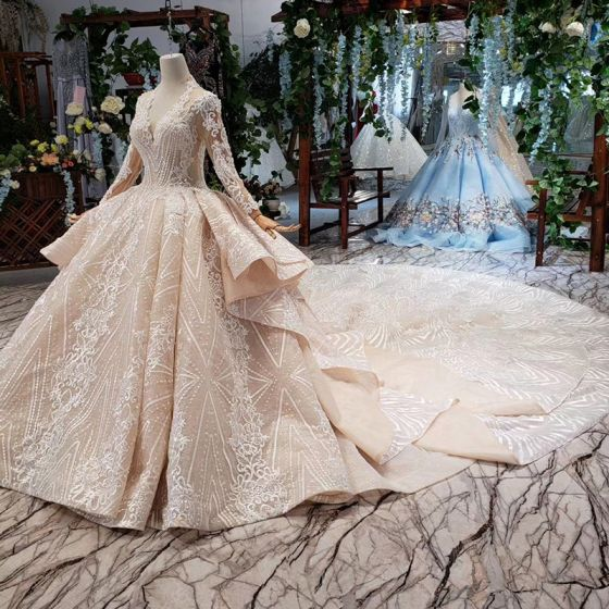 Luxury / Gorgeous Champagne Ball Gown Wedding Dresses 2020 Long Sleeve V-Neck Tulle 3D Lace Handmade  Beading Appliques Backless Crystal Pearl Cathedral Train Wedding