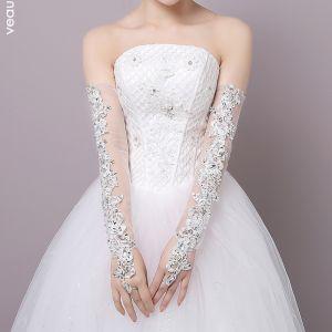 Schöne Weiß Hochzeit 2018 Schnüren Tülle Perlenstickerei Pailletten Brauthandschuhe