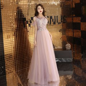 Classy Blushing Pink Evening Dresses  2019 A-Line / Princess Square Neckline Short Sleeve Appliques Lace Pearl Rhinestone Floor-Length / Long Ruffle Backless Formal Dresses