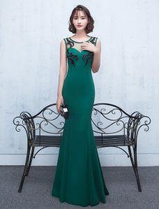 Reizvolles Backless Abendkleid 2017 Grünes Langes Festliche Kleider Des Satins