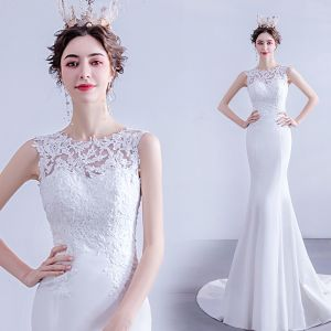 Affordable White Trumpet / Mermaid Wedding Dresses 2020 Scoop Neck Lace Flower Sleeveless Backless Sweep Train