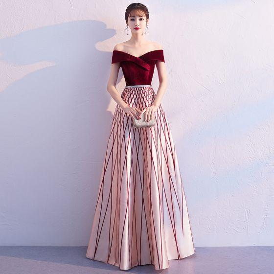 0688f78005 Hermoso Borgoña Vestidos de noche 2019 A-Line   Princess Fuera Del Hombro  Suede Manga Corta Sin ...