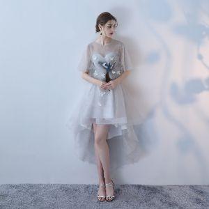 Elegante Grau A Linie Cocktailkleider 2018 Mit Spitze Blumen Rundhalsausschnitt Ärmellos Asymmetrisch Festliche Kleider