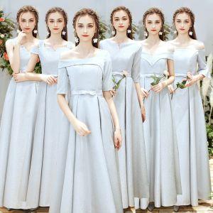 Mooie / Prachtige Zilveren Bruidsmeisjes Jurken 2019 A lijn Strik Gordel Lange Ruche Ruglooze Jurken Voor Bruiloft