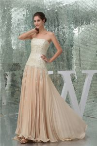 2015 Charming A-line Strapless Sequined Pleated Prom Dress
