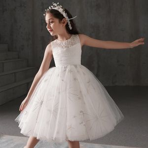 Chic / Beautiful Ivory Flower Girl Dresses 2019 Ball Gown Scoop Neck Sleeveless Bow Appliques Lace Beading Short Ruffle Wedding Party Dresses