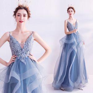 Elegante Blau Ballkleider 2020 A Linie Spaghettiträger Strass Pailletten Spitze Blumen Ärmellos Rückenfreies Fallende Rüsche Lange Festliche Kleider