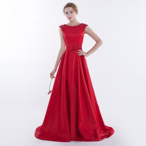 Chic / Beautiful Red Evening Dresses  2017 A-Line / Princess Beading Bow Backless Scoop Neck Crossed Straps Sleeveless Sweep Train Evening Party