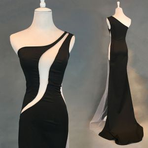 Sexy Noire Robe De Soirée 2018 Trompette / Sirène Transparentes Une épaule Sans Manches Train De Balayage Robe De Ceremonie