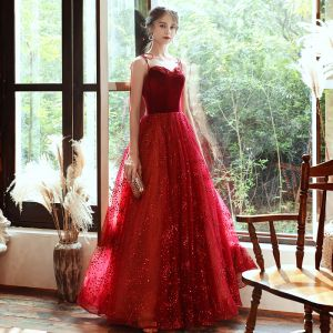 Hermoso Rojo Suede Vestidos de noche 2020 A-Line / Princess Spaghetti Straps Sin Mangas Rebordear Glitter Tul Largos Ruffle Sin Espalda Vestidos Formales