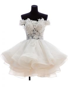 2015 Square Neckline Pierced Lace Flower Short & Mini Wedding Dresses