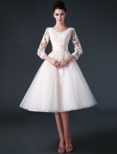 2015 A-line V-neck Ruffle Sash Appliques Lace Short Organza & Satin Wedding Dress
