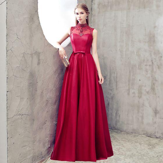 Moda Borgoña Vestidos de noche 2018 A-Line / Princess Cuello Alto Charmeuse Sin Espalda Rebordear Rhinestone Noche Vestidos Formales