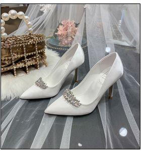 Fashion Ivory Rhinestone Wedding Shoes 2020 Satin 9 cm Stiletto Heels Pointed Toe Wedding Pumps